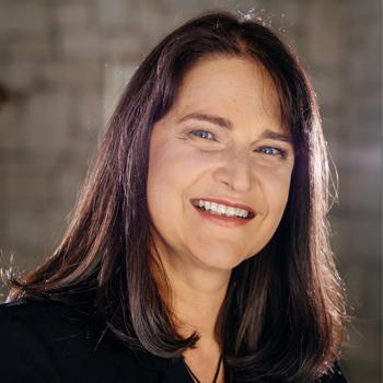 Dr Louise van Rhyn